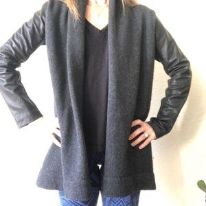 Vince cardigan with leather sleeves XS